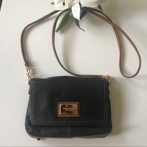 Tignanello leather purse shoulder bag black